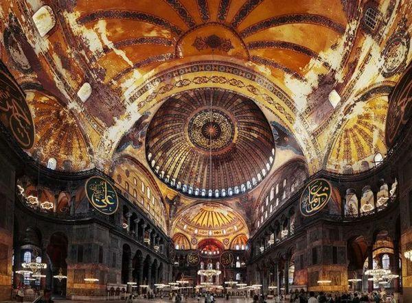 拜占庭式建筑 圣索菲亞大教堂 (21).jpeg