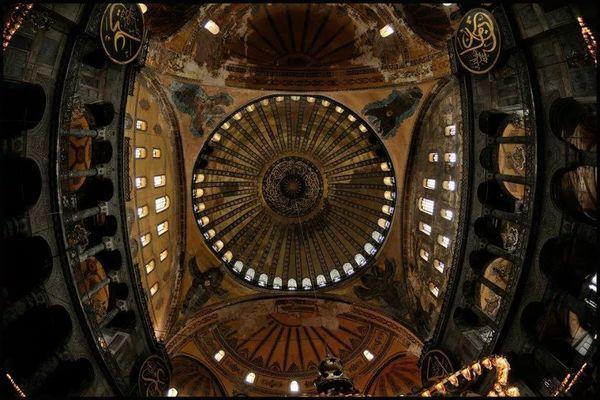 拜占庭式建筑 圣索菲亞大教堂 (23).jpeg