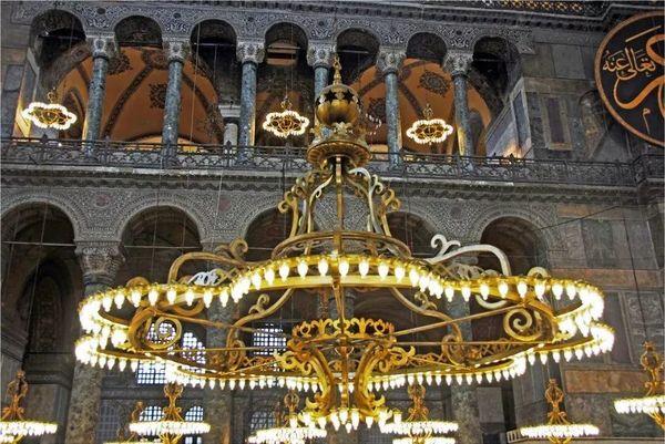 拜占庭式建筑 圣索菲亞大教堂 (24).jpeg